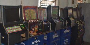 Dez máquinas 'caça-níqueis' são apreendidas em bar de Cosmópolis